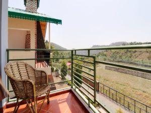 peaceful mountain view resort Cottages@Village Naukuchiatal